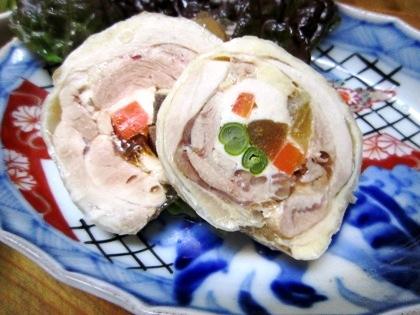 大和肉鶏の巻き物料理