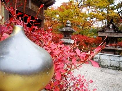 談山神社祓戸社の紅葉