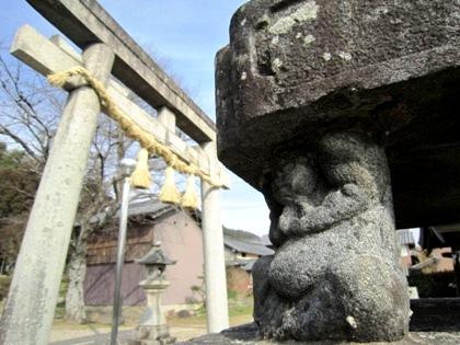十二柱神社のお相撲さん