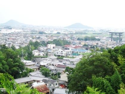大神神社大鳥居 大美和の杜展望台からの眺望