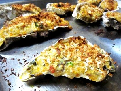 牡蠣とエイ肝のグラタン