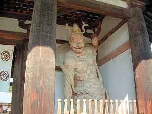 法隆寺の仁王像