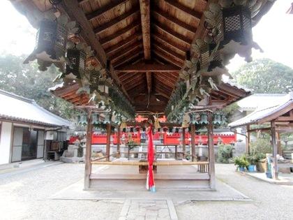 奈良豆比古神社の拝殿