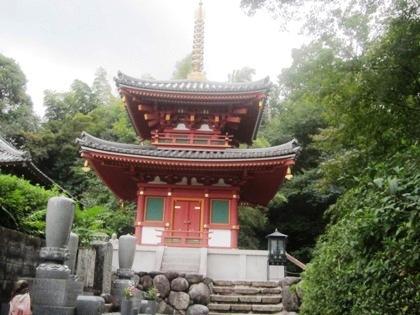 平等寺の二重塔
