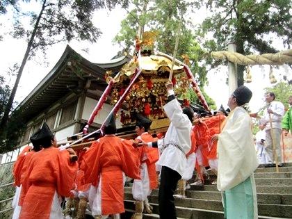 若宮神幸祭の分霊神輿