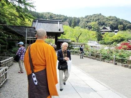 長谷寺の団体参拝