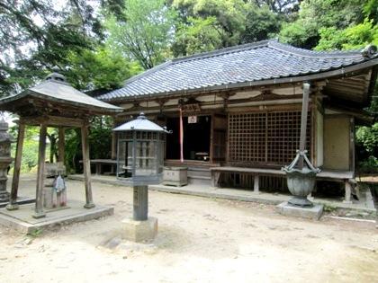 長岳寺拝堂