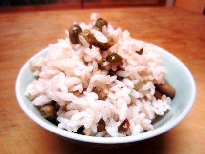 ツタンカーメンえんどうの豆ご飯