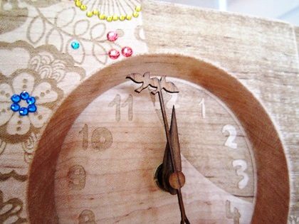 比翼の時計の針