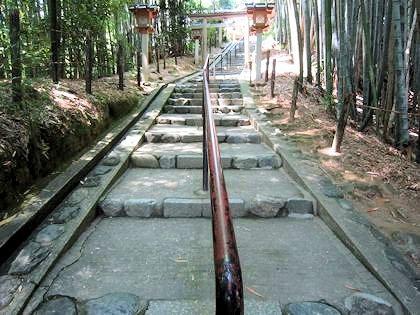 久延彦神社の階段