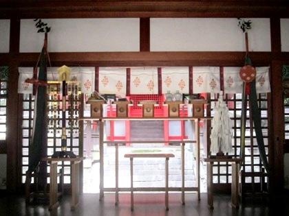 鏡作神社の拝殿