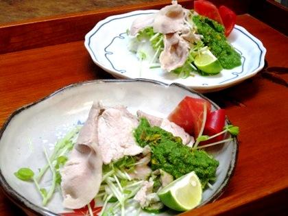 豚しゃぶの小松菜ソース