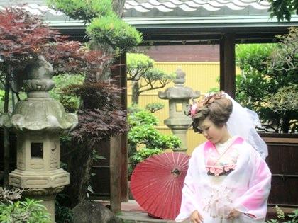 和装前撮りの花嫁