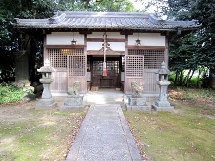 東新堂の八阪神社