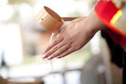 手水舎の清めの水