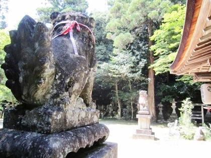 等彌神社の狛犬