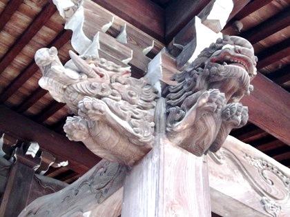 向原寺本堂の木鼻
