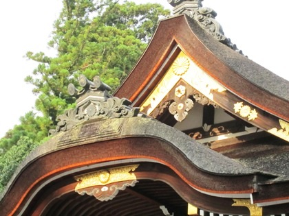 三花懸魚 大神神社拝殿