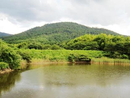 三輪山 池 雷雲