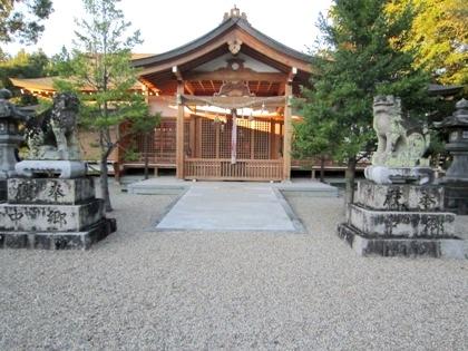 多神社拝殿