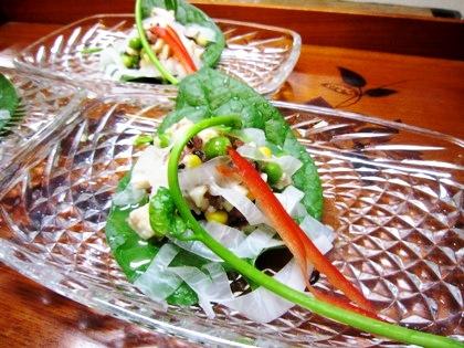 つるむらさきと古代米サラダ